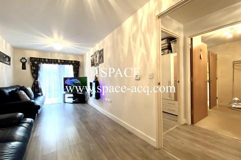2 bedroom apartment to rent - Bole Court, Cecil Road, Enfield