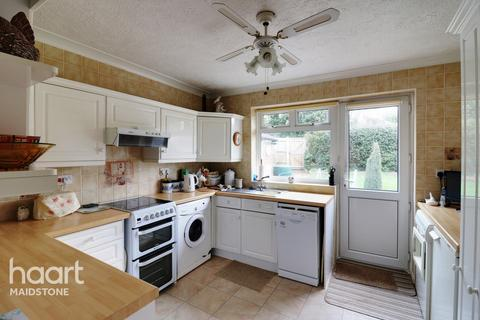 3 bedroom bungalow for sale - Shaftesbury Drive, Maidstone