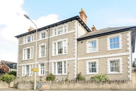 2 bedroom retirement property for sale - Retirement apartment,  Bicester,  Oxfordshire,  OX26