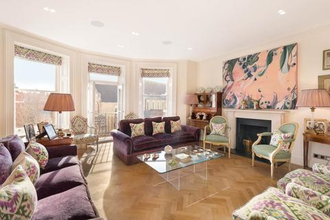 3 bedroom apartment for sale - Cadogan Gardens Knightsbridge London SW3