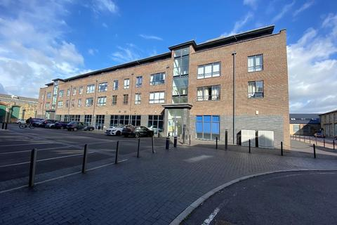 1 bedroom flat to rent - Fire Fly Avenue, Swindon, SN2
