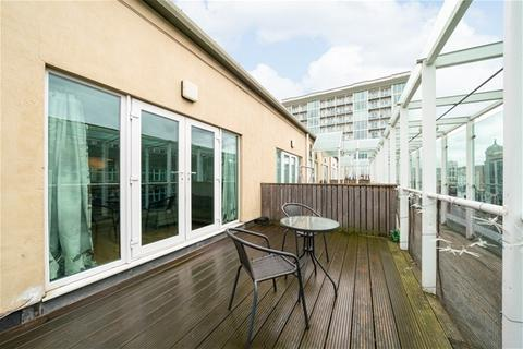 2 bedroom flat to rent - Maritime House, Greens End, Woolwich