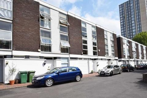 4 bedroom townhouse for sale - Hornby Close, London NW3