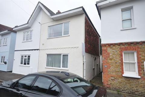 2 bedroom semi-detached house to rent - Primrose Road, Hersham, WALTON-ON-THAMES, Surrey, KT12