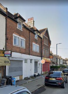3 bedroom flat to rent - Ordnance Road , Enfield  EN3