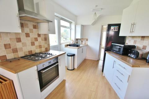 6 bedroom detached house to rent - Astbury Avenue, Poole. BH12 5DS