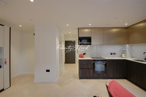 Studio to rent - Luxe Tower, E1