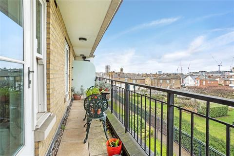 2 bedroom flat to rent - Greensward House, Imperial Crescent, Imperial Wharf, London