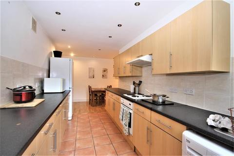 4 bedroom flat to rent - 993 Shooters Hill Road, Blackheath, SE3 8RN