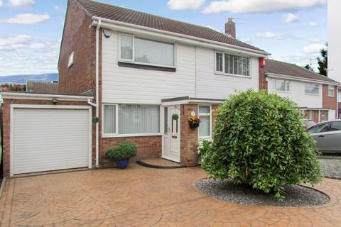 2 bedroom semi-detached house for sale - Burnside, North Seaton, Ashington, Northumberland, NE63 9UE
