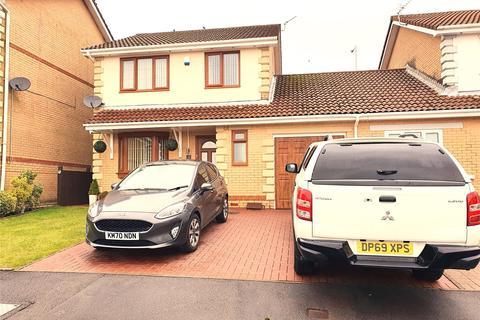 3 bedroom detached house for sale - Ffordd Llanbad, Gilfach Goch, Porth, Rhondda Cynon Taf, CF39