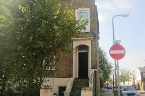 Studio to rent - Burrage Road, Woolwich