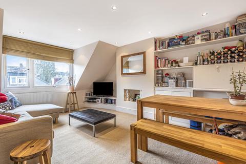 2 bedroom flat for sale - Werter Road, Putney