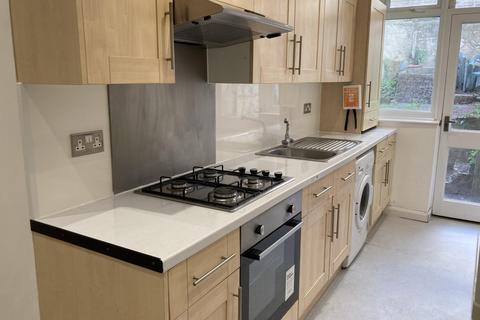 4 bedroom terraced house to rent - Islingword Street, BRIGHTON BN2