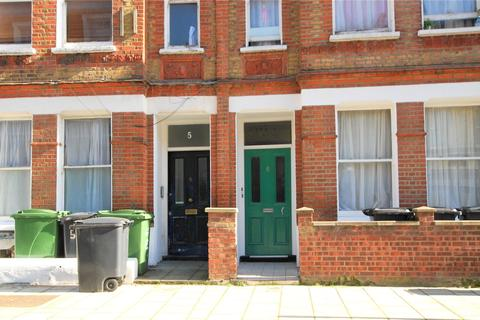 2 bedroom property to rent - Heyford Terrace,, London,, Greater London, SW8