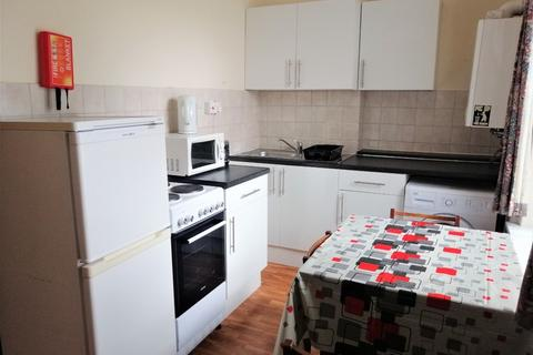 3 bedroom flat to rent - Gold Street, Adamsdown, Cardiff