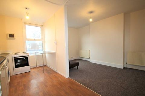 2 bedroom apartment to rent - Marlborough Road, Oxford