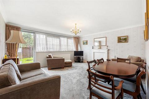 3 bedroom maisonette for sale - Culvert Road, SW11