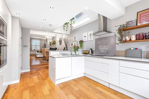 3 bedroom end of terrace house for sale - Haydons Road, Wimbledon