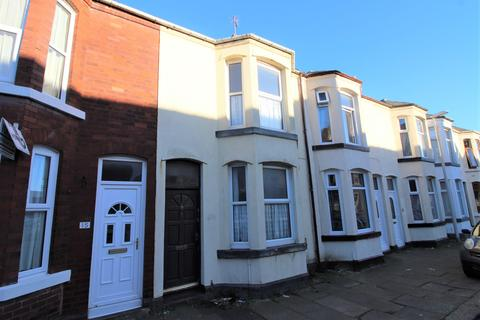 2 bedroom terraced house to rent - Lodore Road, Blackpool, Lancashire, FY4