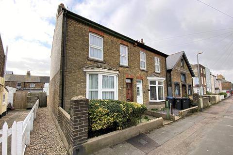 2 bedroom semi-detached house for sale - Century Walk, Deal, CT14