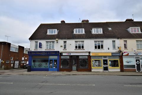 Shop to rent - Victoria Road, Ferndown BH22