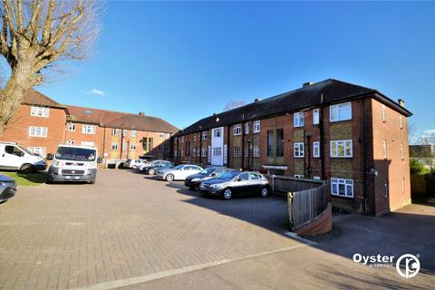 2 bedroom apartment to rent - Chase Court, Avenue Road, London, N14