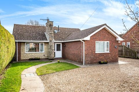 2 bedroom detached bungalow for sale - Bannisters Lane, Frampton West, PE20