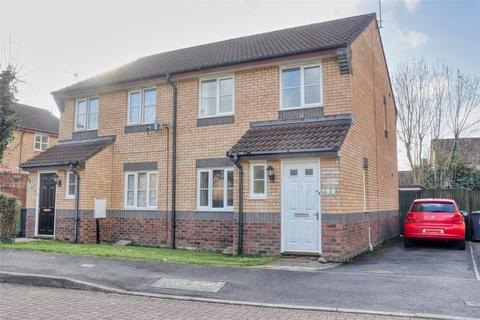 3 bedroom semi-detached house for sale - Potterswell, Roundswell