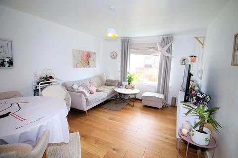2 bedroom flat for sale - Balmedie Drive, Dundee, DD4 8PG