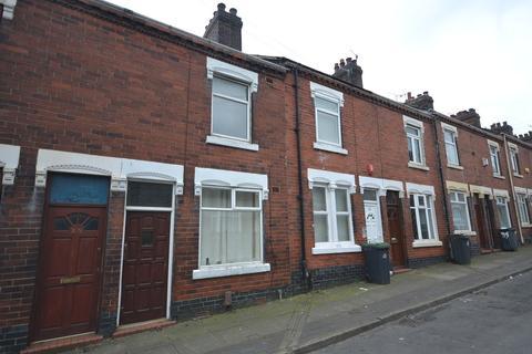 2 bedroom terraced house to rent - Derwent Street, Hanley