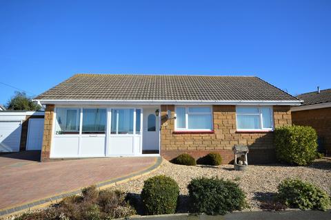 3 bedroom detached bungalow for sale - Culver Way, Yaverland