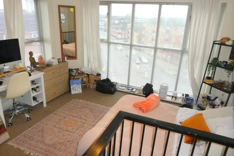 3 bedroom apartment to rent - Chorlton Road, Manchester
