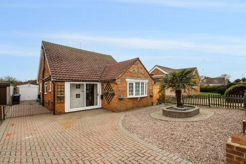 3 bedroom detached bungalow to rent - Carnforth Road, Sompting, BN15 9TQ
