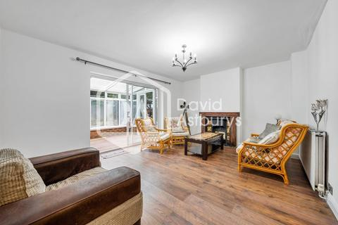 3 bedroom semi-detached house to rent - Summers Lane, Finchley, London