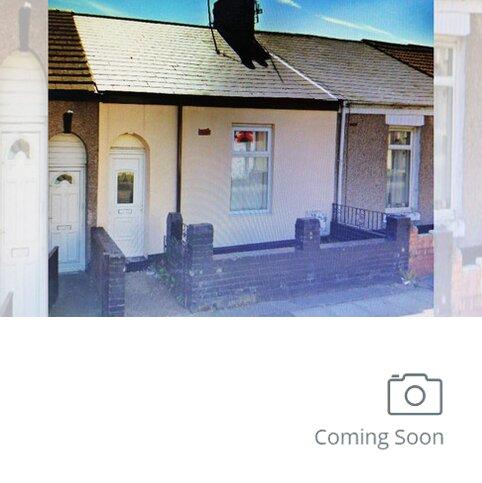 2 bedroom terraced house to rent - Tower Street West, Hendon, Sunderland SR2