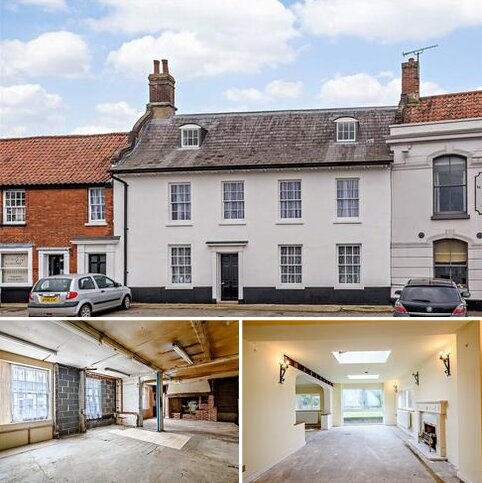4 bedroom terraced house for sale - Market Place, Hingham, Norwich, NR9