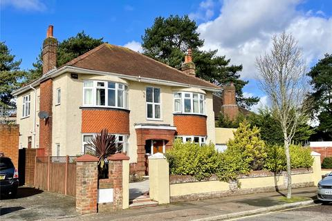 4 bedroom detached house for sale - Thistlebarrow Road, Bournemouth, BH7