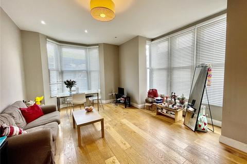 3 bedroom apartment to rent - Bounds Green Road, London, N11