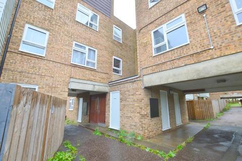 3 bedroom apartment to rent - Berkeley Path, Luton, LU2 0TS
