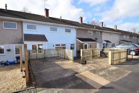 3 bedroom terraced house for sale - Church Close, Cwmbran