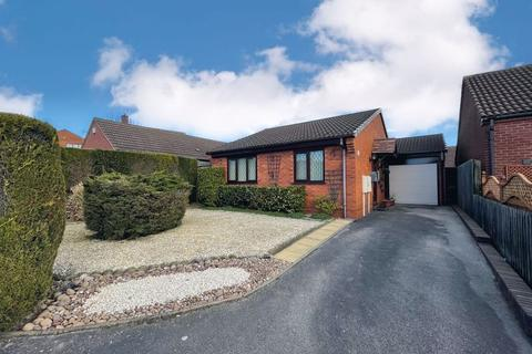 2 bedroom detached bungalow for sale - Griffin Close, Burntwood