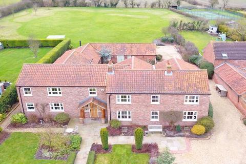 5 bedroom detached house for sale - West Moor Road, Walkeringham, Doncaster