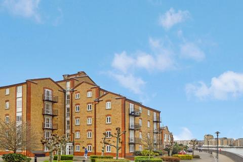 2 bedroom flat for sale - Calder Court, Rotherhithe SE16