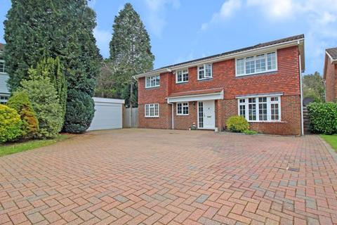 5 bedroom detached house for sale - Suffield Close, Selsdon, Surrey