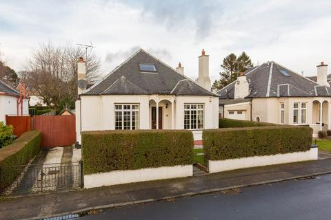 3 bedroom flat to rent - Castle Avenue, Corstorphine, Edinburgh