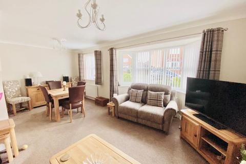 3 bedroom house for sale - Laburnum Drive, Beverley