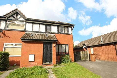 2 bedroom semi-detached house to rent - Kershope Grove, Salford, Greater Manchester, M5