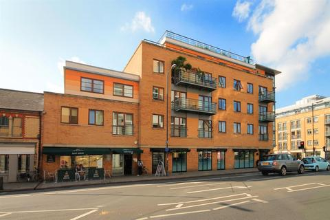 2 bedroom apartment to rent - Hills Road, Cambridge