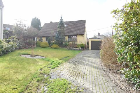 2 bedroom detached bungalow for sale - St Martins Crescent, Caerphilly
